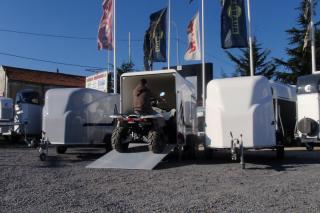 REMORQUE FERMÉE  MOTO DEBON CARGO 1300