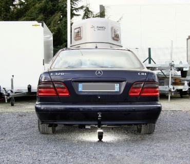 ATTELAGE MERCEDES CLASSE E BERLINE W210