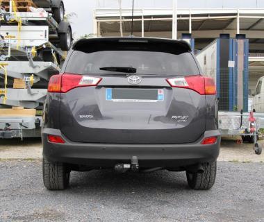 ATTELAGE TOYOTA RAV4 modèle 2013