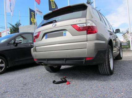 ATTELAGE BMW X3 E83