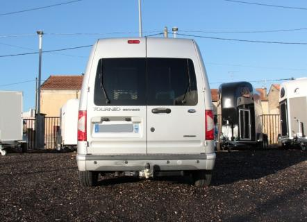 ATTELAGE FORD TOURNEO CONNECT