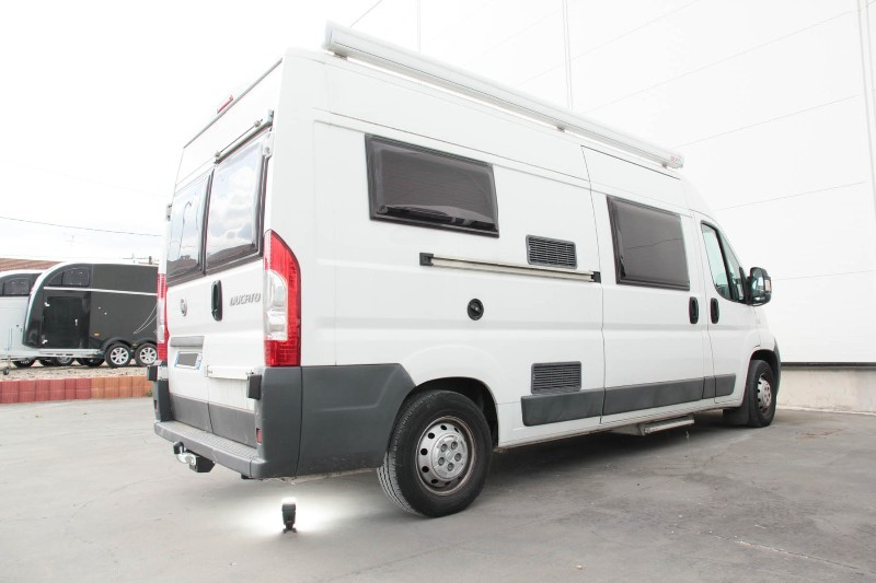attelage fiat ducato amenage camping car. Black Bedroom Furniture Sets. Home Design Ideas