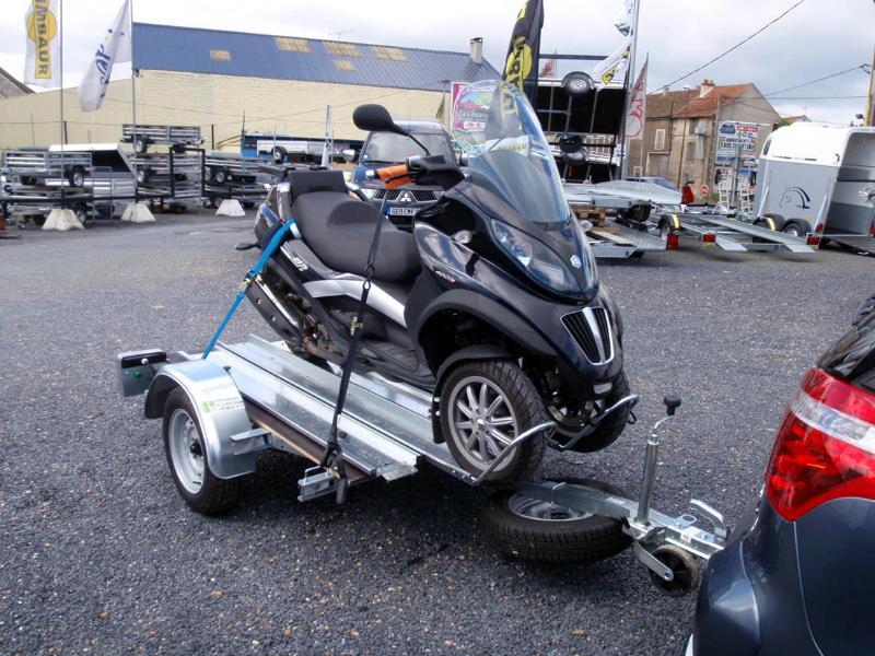 Porte moto camping car porte moto camping car sur - Remorque porte moto pour camping car ...